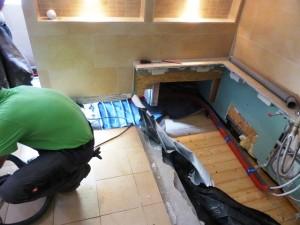 P1050975 Am Ende war das Bad halb zurückgebaut